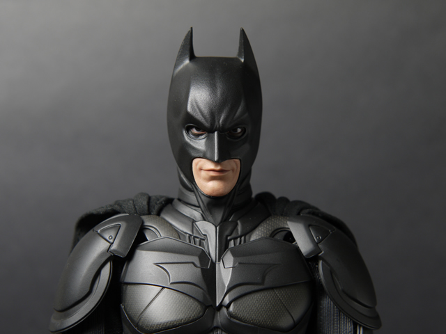 hottoys_dx12_batman_07