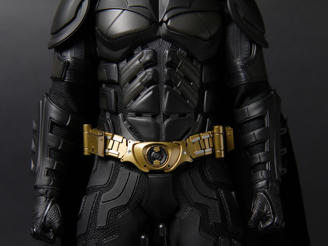 hottoys_dx12_batman_08