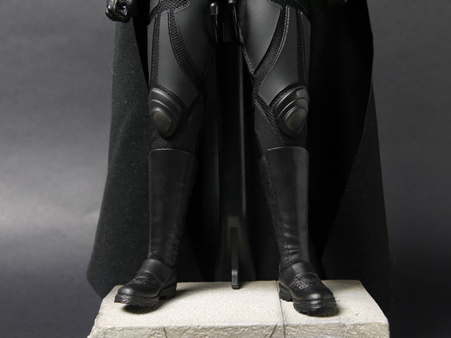 hottoys_dx12_batman_09
