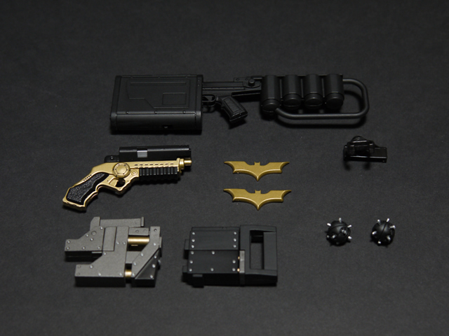 hottoys_dx12_batman_11
