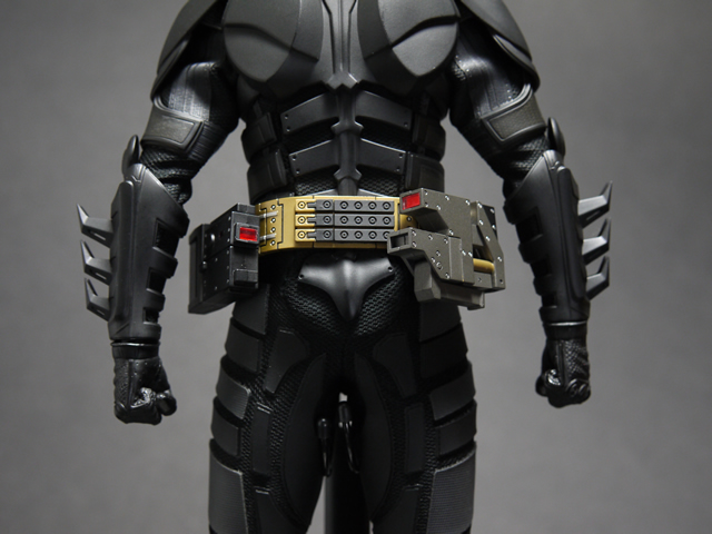 hottoys_dx12_batman_13