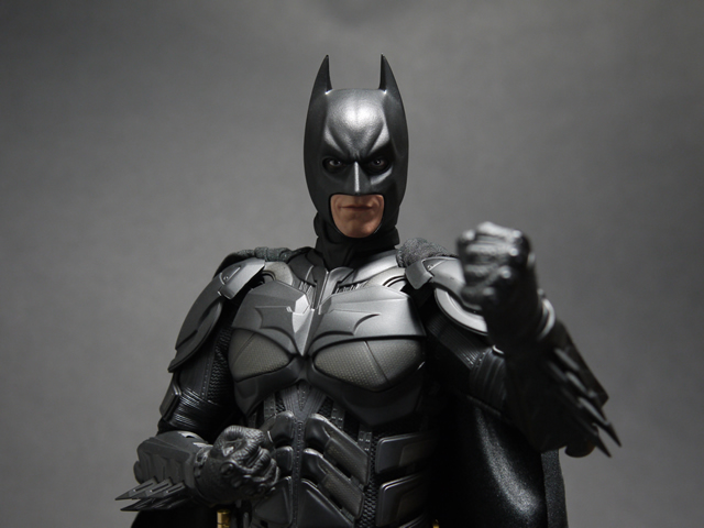 hottoys_dx12_batman_20