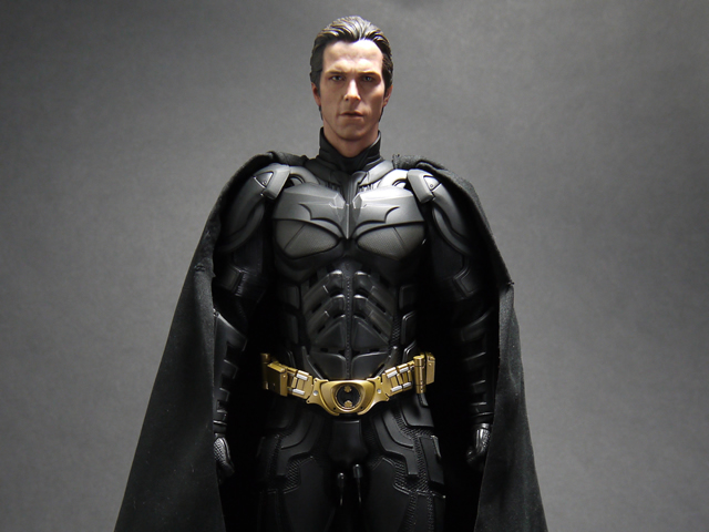 hottoys_dx12_batman_28