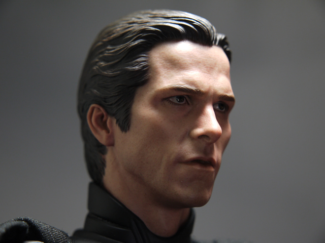 hottoys_dx12_batman_36